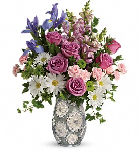 Teleflora's Spring Cheer Bouquet in Healdsburg CA, Uniquely Chic Floral & Home