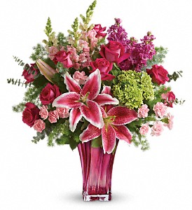 Teleflora's Steal The Spotlight Bouquet in Eugene OR, Rhythm & Blooms
