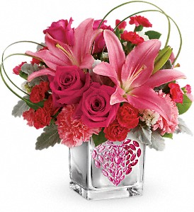 Teleflora's Jeweled Heart Bouquet in flower shops MD, Flowers on Base