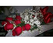 7 Red Roses Boxed in Markham ON, Freshland Flowers