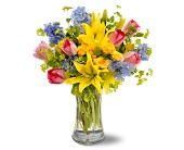 Spring Delight in San Clemente CA, Beach City Florist