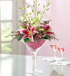 Cosmopolitan Bouquet in Burlington NJ, Stein Your Florist