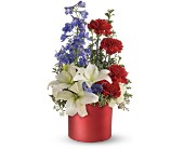Teleflora's Love that Red Bouquet in Bucyrus OH, Etter's Flowers
