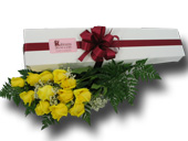 12 YELLOW ROSES BOXED in Ossining NY, Rubrums Florist Ltd.