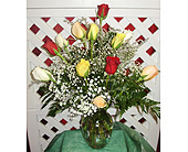 DOZEN MIXED ROSES VASED in Circleville OH, Wagner's Flowers