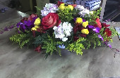 Table centerpiece in Bellmore NY, Petite Florist