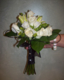 Black and White in Melbourne FL, Paradise Beach Florist & Gifts