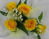 YELLOW SPRAY ROSE CORSAGE in Ossining NY, Rubrums Florist Ltd.