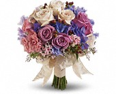 Country Rose Bouquet in Thornhill ON, Wisteria Floral Design