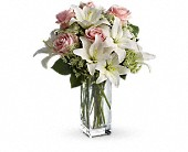 Teleflora's Heavenly and Harmony in Austintown, Ohio, Crystal Vase Florist