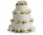 Freesia and Ranunculus Cake Decoration in Kentfield, California, Paradise Flowers