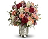 Teleflora's Always Yours Bouquet in Harlan KY, Coming Up Roses
