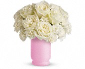 Teleflora's Sweetly Chic in Oakland, California, Lee's Discount Florist