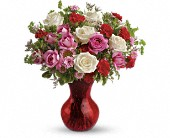 Teleflora's Splendid in Red Bouquet with Roses in Christiansburg VA, Gates Flowers & Gifts