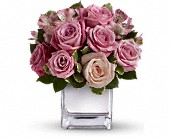 Teleflora's Rose Rendezvous Bouquet in Sherbrooke QC, Fleuriste Lijenthem