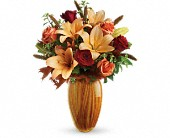 Teleflora's Sunlit Beauty Bouquet in Metairie LA, Villere's Florist