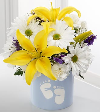 The FTD� Sweet Dreams� Bouquet - Boy - VASE INCLUD in Highlands Ranch CO, TD Florist Designs