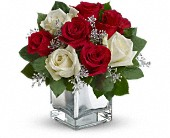 Teleflora's Snowy Night Bouquet in Georgina ON, Keswick Flowers & Gifts