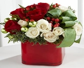 The FTD� Merry & Bright� Bouquet in Highlands Ranch CO, TD Florist Designs