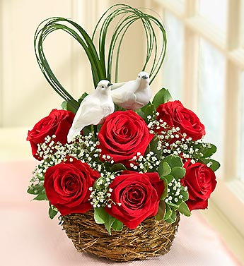 Love Birds Nest of Roses in Highlands Ranch CO, TD Florist Designs