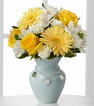 FTD� New Mother''s Charm� Bouquet - Boy in Chicago IL, Yera's Lake View Florist