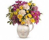 Teleflora's French Fancy Bouquet in Harlan KY, Coming Up Roses