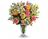 Meant To Be Bouquet by Teleflora in Harlan KY, Coming Up Roses