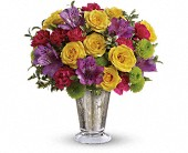 Teleflora's Fancy That Bouquet in Harlan KY, Coming Up Roses