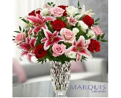 Marquis by Waterford® Red Rose and Lily Bouquet dans Watertown CT, Agnew Florist