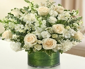Cherished Memories - All White in Round Rock TX, Heart & Home Flowers