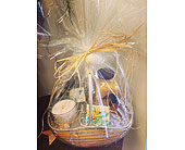 Tropical gift basket in Melbourne FL, Paradise Beach Florist & Gifts