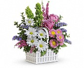 Teleflora's White Picket Bouquet in Royal Oak MI, Rangers Floral Garden