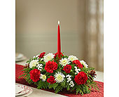 Traditional Christmas Centerpiece in Yelm WA, Yelm Floral