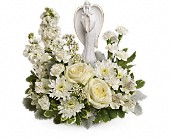 Teleflora's Guiding Light Bouquet in Kalamazoo MI, Ambati Flowers
