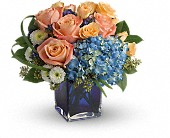 Teleflora's Modern Blush Bouquet in Buckingham QC, Fleuriste Fleurs De Guy