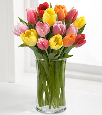 Spring Tulips in a vase in Round Rock TX, Heart & Home Flowers