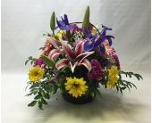 Filer's With Love Mixed Basket Bouquet in Cleveland OH, Filer's Florist Greater Cleveland Flower Co.