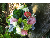 Lovely to Look At in Guilford CT, Guilford White House Florist