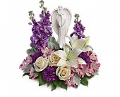 Teleflora''s Beautiful Heart Bouquet in Johnstown PA, Schrader's Florist & Greenhouse, Inc