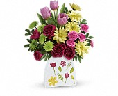Teleflora's Make Their Daisies Bouquet in Ammon ID, Petal Passion