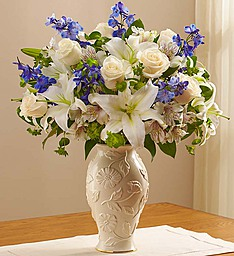 Loving Blooms� Lenox� Blue & White in Jupiter FL, Anna Flowers