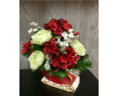 Holiday Traditions Bouquet in Xenia OH, The Flower Stop