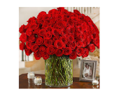 100 Premium Long Stem Red Roses in a Vase in Hillsboro OR, Marilyn's Flowers