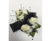 Black Faux Pearl Accents in Jensen Beach, Florida, Brandy's Flowers & Candies