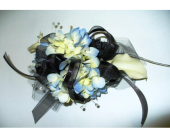 Corsage  in Fond Du Lac, Wisconsin, Haentze Floral Co