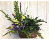 Half and Half Basket with Fresh Arrangement in Beaver PA, Snyder's Flowers