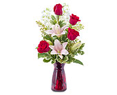 Tender Love in Methuen MA, Martins Flowers & Gifts