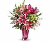 Teleflora's Steal The Spotlight Bouquet in Bradenton FL, Tropical Interiors Florist