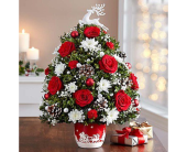 Santa's Sleigh Ride Flower Tree in Yelm WA, Yelm Floral