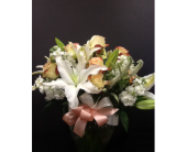 Peach Duet in Brentwood CA, Flowers By Gerry